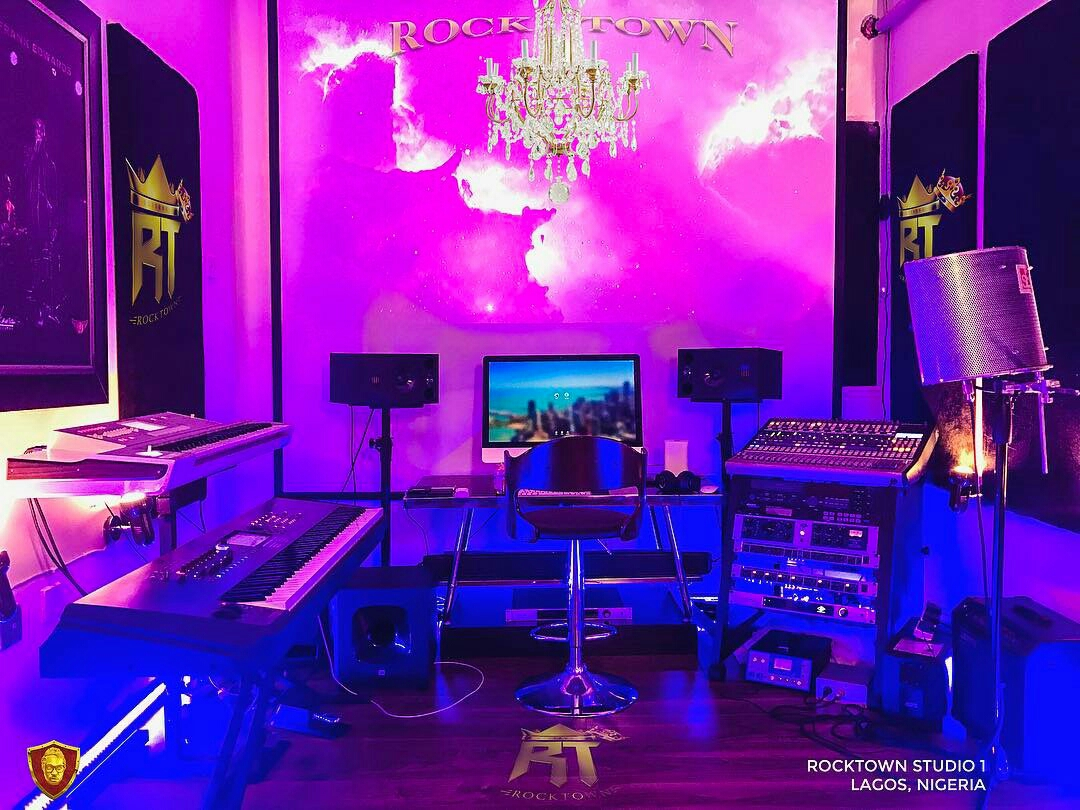 News: Frank Edwards Shows Off Inside His Music Studio (Rocktown)